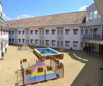 Hotel Reyes Ziríes Albolote