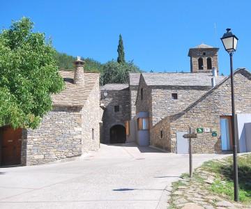 Pueblo Isin - Albergue Isín