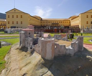 Hostel Pirenarium Sabiñánigo