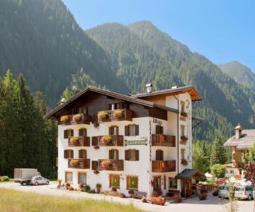 Hotel Cesa Edelweiss Campitello di Fassa